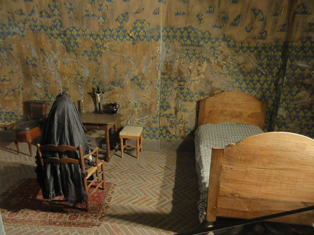 The reproduction of Queen Marie-Antoinette's cell at the Conciergerie during the French Revolution. Image: Pierre Poschadel/Creative Commons 3.0