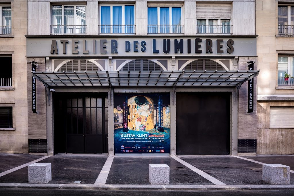 In Review Atelier Des Lumières The First All Digital Art