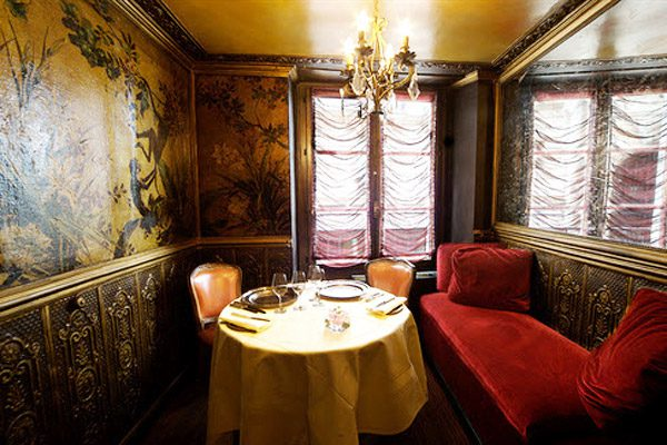 A boudoir-style private dining room at Lapérouse restaurant in Paris