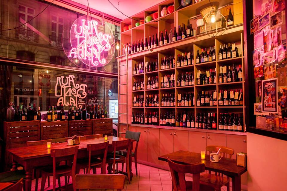 Au Bon Jaja wine bar in Bordeaux /Courtesy of the bar