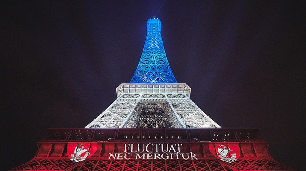 Fluctuat Nec Mergitur- motto of Paris decorates the EIffel Tower. David B/Flickr